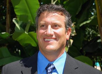 Chris Emeterio